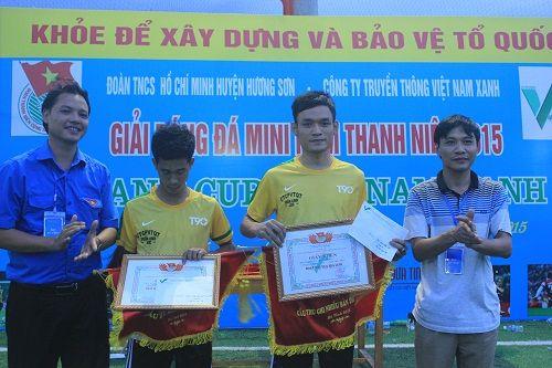 Kết thúc thành công giải bóng đá mini nam thanh niên tranh Cup Việt Nam Xanh - Ảnh 1