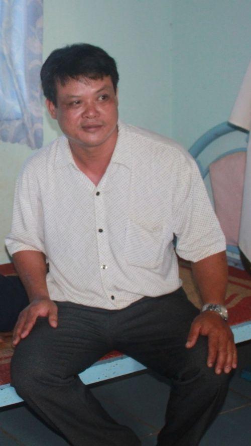 Khởi tố đối tượng hành hung phóng viên trước mặt chủ tịch xã - Ảnh 1