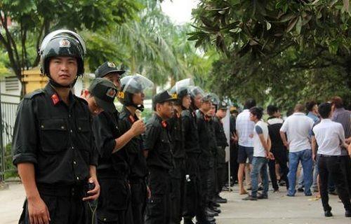 Hà Nội: Siết chặt đảm bảo an ninh trong dịp Tết Đinh Dậu 2017 - Ảnh 1