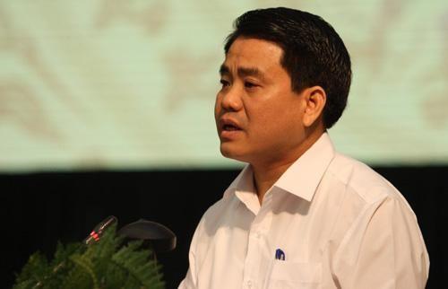 Chủ tịch TP Hà Nội truy vấn việc nạo vét bùn ở Hồ Tây - Ảnh 1