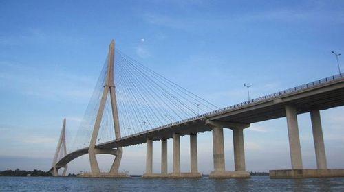 """Những cây cầu giữ kỷ lục """"nhất"""" Việt Nam - Ảnh 6"""