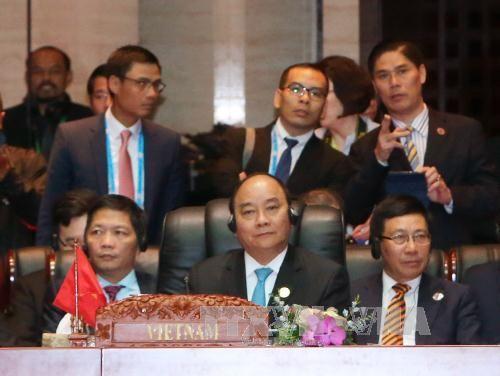 Thủ tướng dự Hội nghị Cấp cao Đông Á và ASEAN+ - Ảnh 1