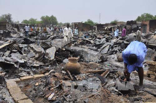 170 người thương vong sau trận không kích nhầm của quân đội Nigeria - Ảnh 1