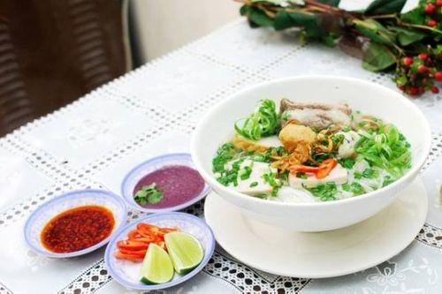 Top 5 quán ăn ngon nổi tiếng của sao Việt - Ảnh 2
