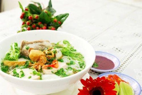 Top 5 quán ăn ngon nổi tiếng của sao Việt - Ảnh 3