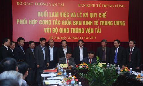 Ban Kinh tế Trung ương làm việc với Bộ GTVT - Ảnh 2