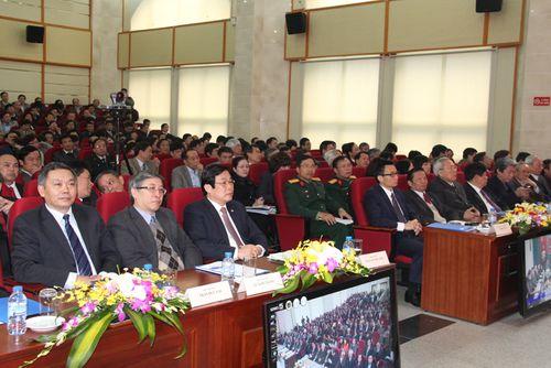 Phó Thủ tướng chỉ đạo nhiệm vụ ngành Thông tin và Truyền thông năm 2015  - Ảnh 2