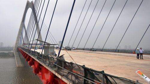 Cầu dây văng dài nhất Việt Nam mang tên Nhật Tân - Ảnh 1