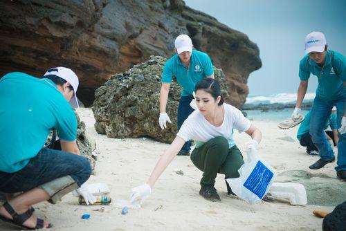 Ngọc Hân kêu gọi bảo vệ môi trường biển đảo tại Lý Sơn - Ảnh 4