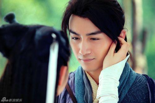 Dương Quá - Tiểu Long Nữ nhìn nhau đầy trìu mến - Ảnh 2