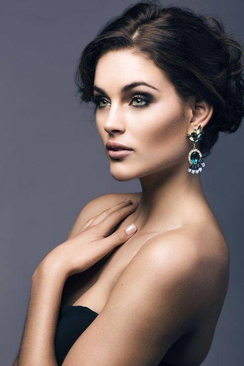 Ngắm nhan sắc lộng lẫy của Hoa hậu thế giới 2014 - Ảnh 7
