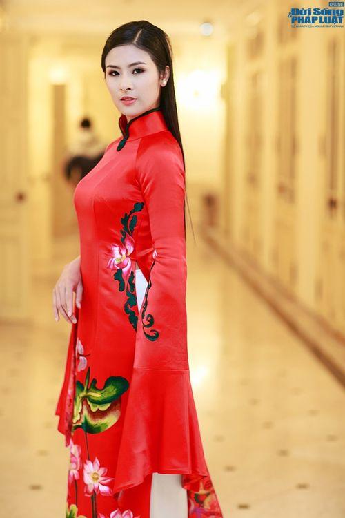 Ngọc Hân, Huyền My duyên dáng đọ sắc trong tà áo dài - Ảnh 10
