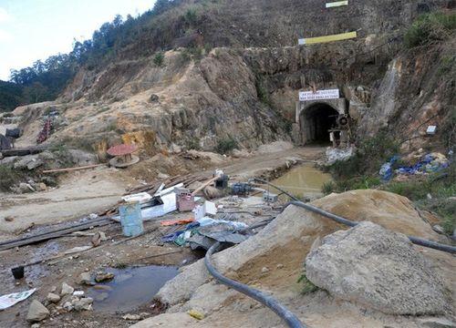 Khung cảnh vắng vẻ của thủy điện Đạ Dâng sau vụ sập hầm - Ảnh 5