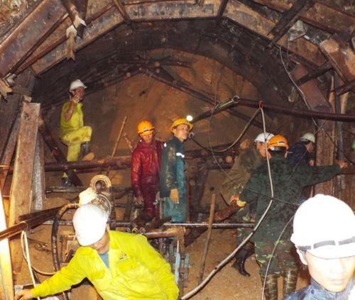 Vụ sập hầm thủy điện: Một đơn vị Trung Quốc tư vấn thiết kế - Ảnh 1