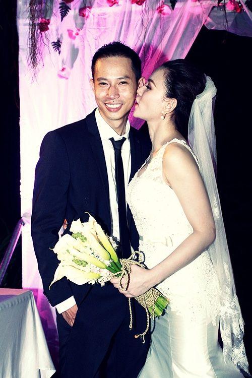 Những hình ảnh đẹp trong đám cưới cuối năm của showbiz Việt - Ảnh 1