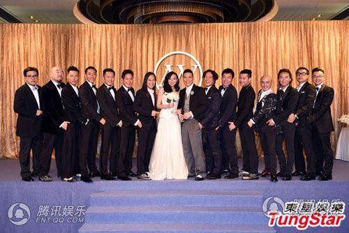 Vợ tài tử Hồng Kông đeo chi chít vàng trong ngày cưới - Ảnh 8