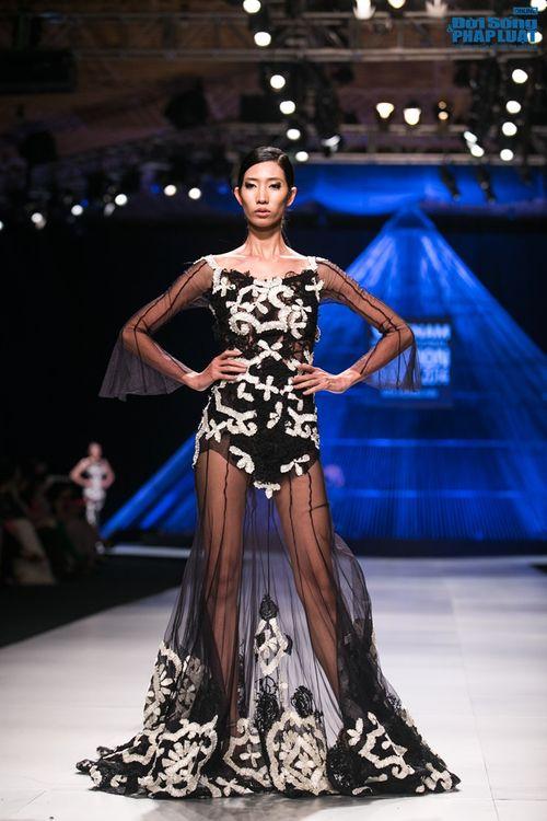 HH Thùy Dung làm nàng thơ trên sàn diễn thời trang của Hoàng Hải - Ảnh 13