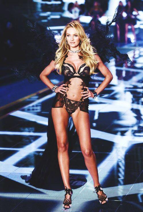 Victoria's Secret Fashion Show 2014:Thiên thần lung linh tỏa sáng - Ảnh 24
