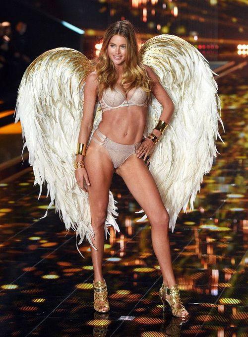 Victoria's Secret Fashion Show 2014:Thiên thần lung linh tỏa sáng - Ảnh 5