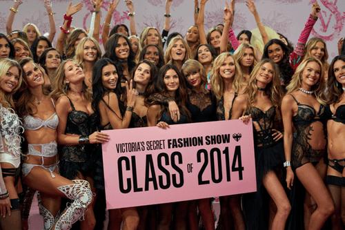 Victoria's Secret Fashion Show 2014:Thiên thần lung linh tỏa sáng - Ảnh 27