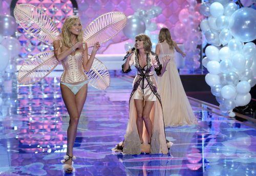 """Taylor Swift - """"thiên thần danh dự"""" của Victoria's Secret - Ảnh 3"""