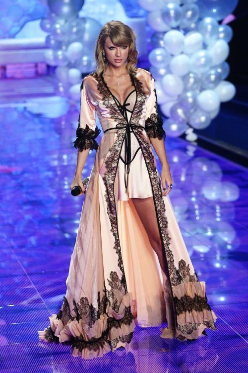 """Taylor Swift - """"thiên thần danh dự"""" của Victoria's Secret - Ảnh 1"""