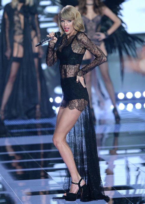 """Taylor Swift - """"thiên thần danh dự"""" của Victoria's Secret - Ảnh 11"""