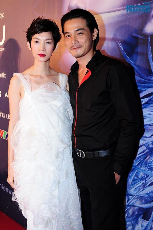 Thảo Trang gợi cảm trên thảm đỏ tuần lễ thời trang Quốc tế - Ảnh 10