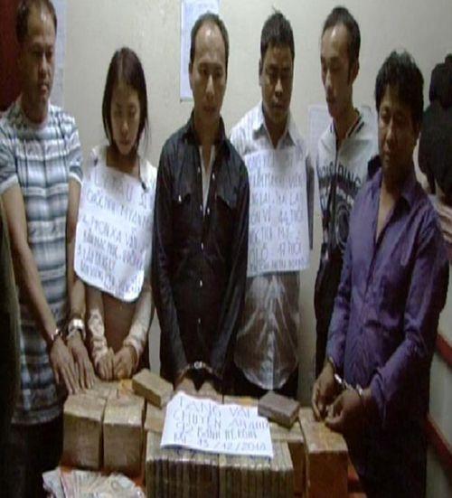 """Đánh sập mẻ hàng 92 bánh heroin của """"bà trùm"""" ma túy Myanmar - Ảnh 1"""