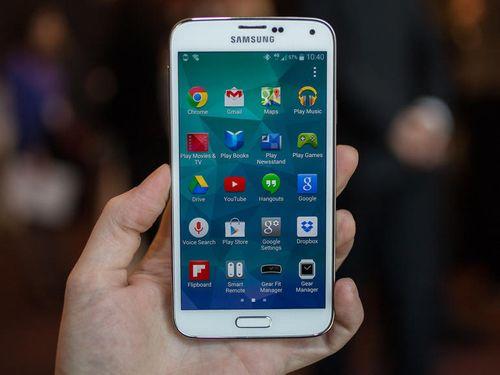 """Samsung sẽ trang bị """"màn hình cong"""" lên Galaxy S6 - Ảnh 3"""