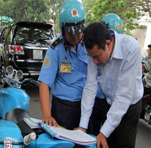 Taxi Uber: Liều lĩnh lách luật và những cáo buộc cần làm rõ - Ảnh 1