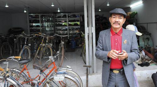 """""""Đột nhập"""" kho xe cổ hàng trăm chiếc tại Hà Nội - Ảnh 12"""