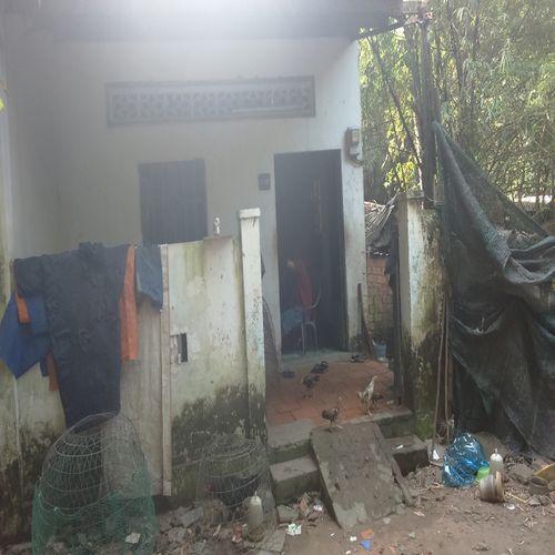 Cảnh khốn cùng gia đình 4 người bị truy sát vì nợ 500 ngàn đồng - Ảnh 1