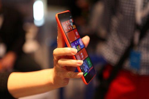 5 smartphone giá mềm pin siêu khỏe tại VN - Ảnh 3