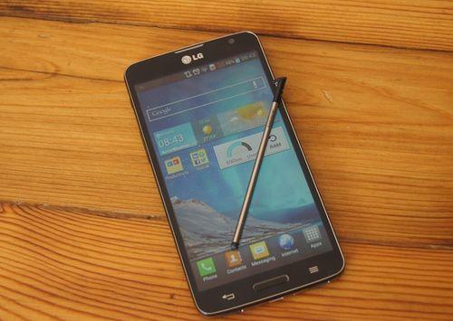 5 smartphone giá mềm pin siêu khỏe tại VN - Ảnh 4