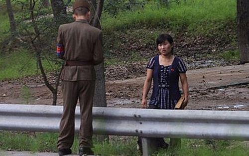 Bi kịch thiếu nữ Triều Tiên bị bán sang Trung Quốc làm dâu   - Ảnh 1