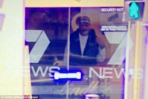 Nhân chứng kể lại khoảnh khắc kinh hoàng vụ bắt giữ con tin Sydney - Ảnh 1