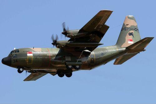 Khám phá phương tiện quân sự tối tân tìm kiếm máy bay AirAsia mất tích - Ảnh 4