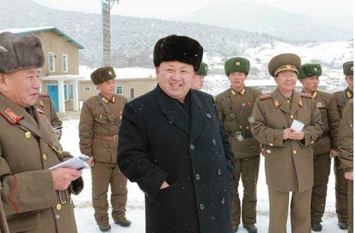 """Nhà lãnh đạo Kim Jong-un kêu gọi quân đội """"sẵn sàng chiến đấu"""" - Ảnh 1"""