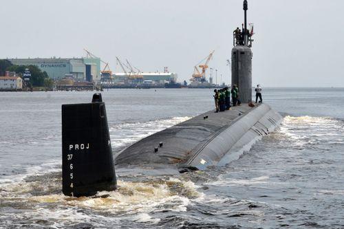 Rúng động vụ quay lén nữ thủy thủ tắm trên tàu ngầm hạt nhân Mỹ - Ảnh 1