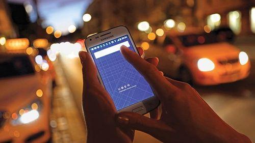 Ấn Độ điều tra vụ nữ hành khách bị lái xe taxi Uber hiếp dâm - Ảnh 2