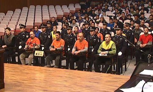 Trung Quốc tử hình 8 kẻ khủng bố ở Tân Cương - Ảnh 1