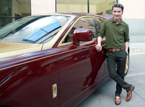 Đàm Vĩnh Hưng lần đầu khoe Rolls Royce mạ vàng 40 tỷ đồng - Ảnh 1
