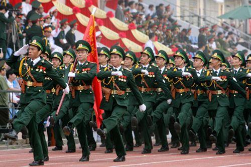 TP.HCM: Diễu binh, diễu hành kỷ niệm 40 năm thống nhất đất nước - Ảnh 1
