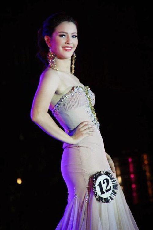 Tân Hoa hậu Trái đất 2014 bị chê kém nhan sắc - Ảnh 7