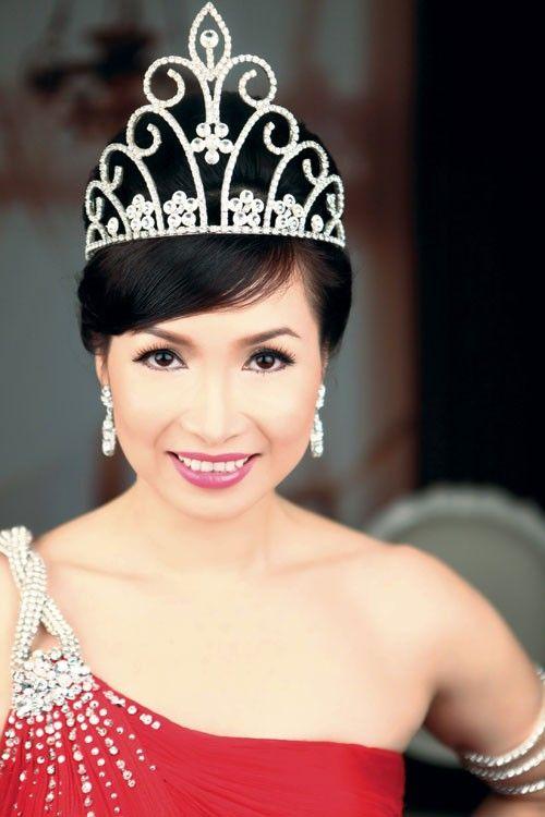 Hoa hậu Việt làm gì sau khi đăng quang - Ảnh 2