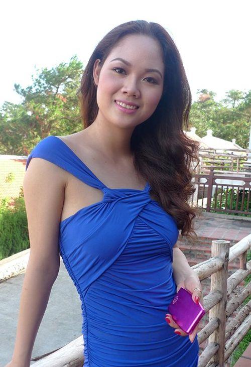 Hoa hậu Việt làm gì sau khi đăng quang - Ảnh 8