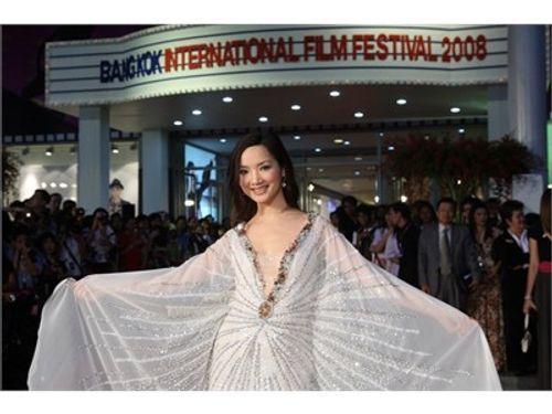Giáng My – Vẻ đẹp không tuổi của showbiz Việt - Ảnh 6