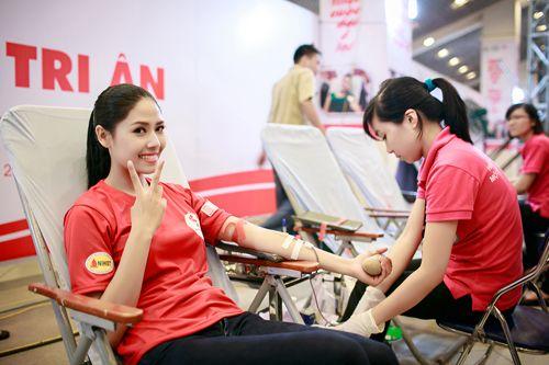 Nguyễn Thị Loan và hành trình lọt Top 25 Hoa hậu thế giới 2014 - Ảnh 15