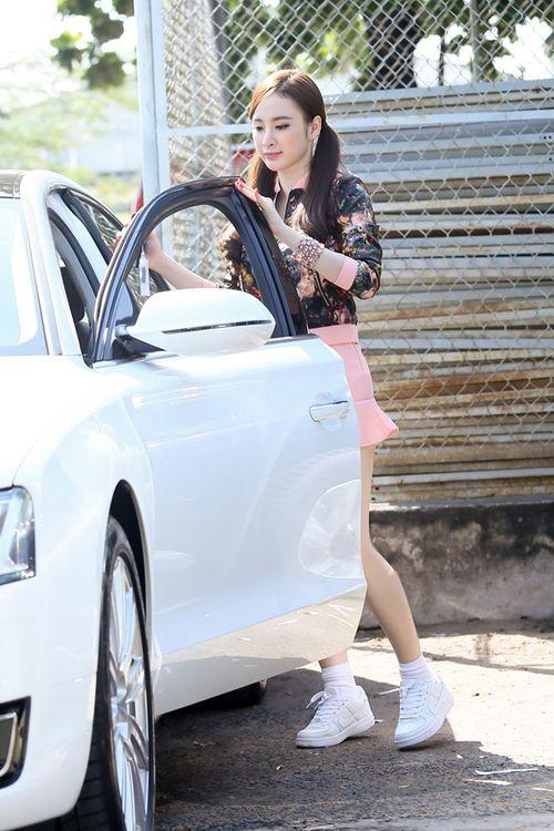 Angela Phương Trinh tậu xe Audi 5 tỷ - Ảnh 1